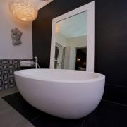 Bathroom design dublin Oval bath tub display, featured at the Ideal Homes Show RSD - Cleary Bathroom Design